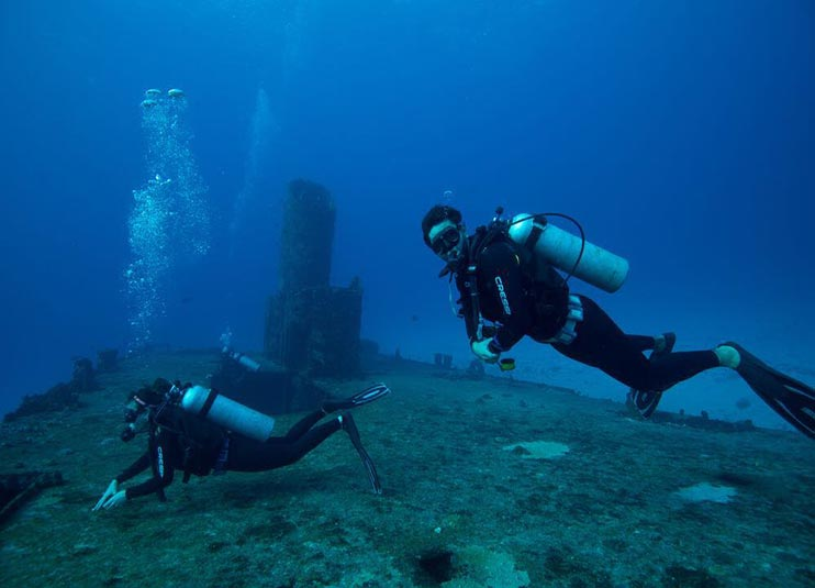 Cancun_dive_1_Tank_for_certified_3